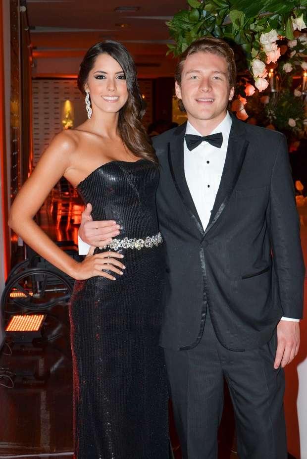 relationship of  Paulina Vega