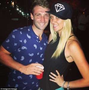 Phillip Hughes Girlfriend Meagan Simpson Name SMS Pictures Leaked