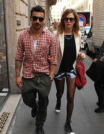 Ezequiel lavezzi girlfriend photos yanina screpante - Interior design jobs without a degree ...