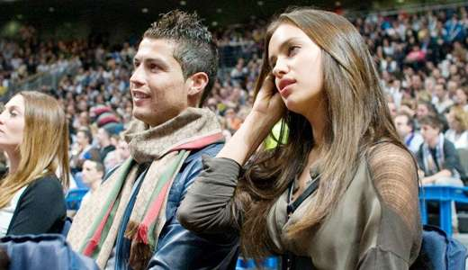 Irina shayk dating the rock