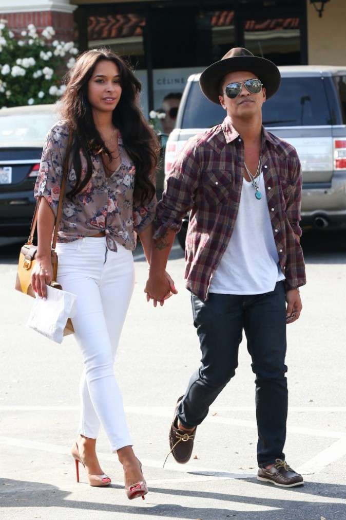 bruno mars and jessica caban engaged