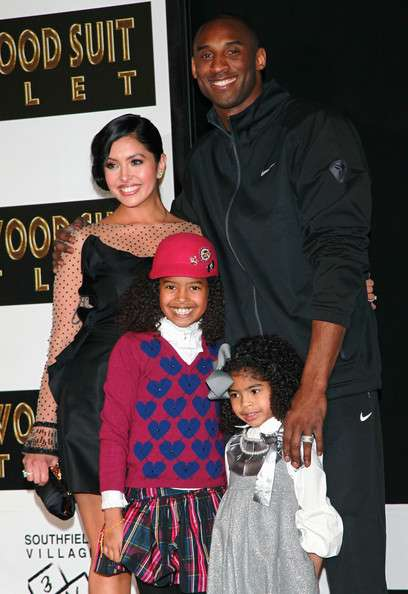 Kobe Bryant with family