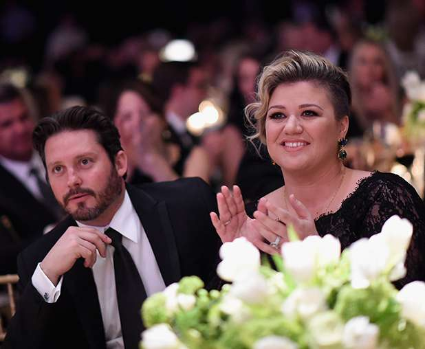 Kelly Clarkson relation