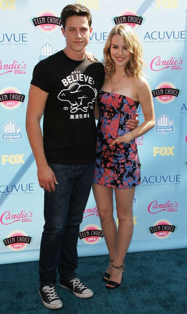 Bridgit Mendler relation