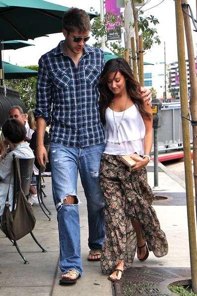 Ashley Tisdale relation