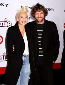 Sia Husband 2020 Is Married to Boyfriend Who